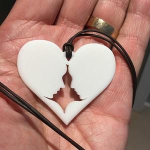 Heart Couple Pendant 3D Model